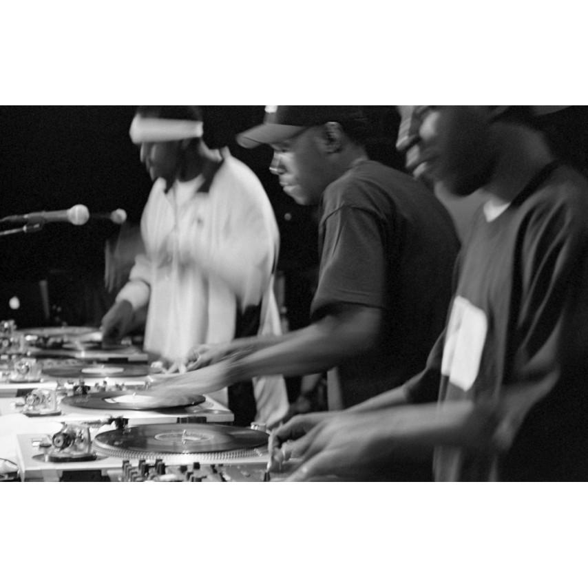 David Scheinbaum - Hip Hop: Portraits of an Urban Hymn